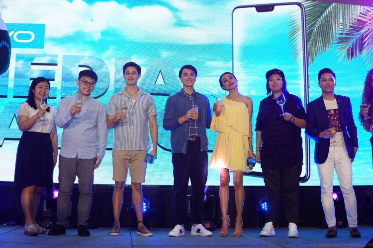 Vivo Philippines Unveils the New V9 Line and Two New Celebrity Endorsers