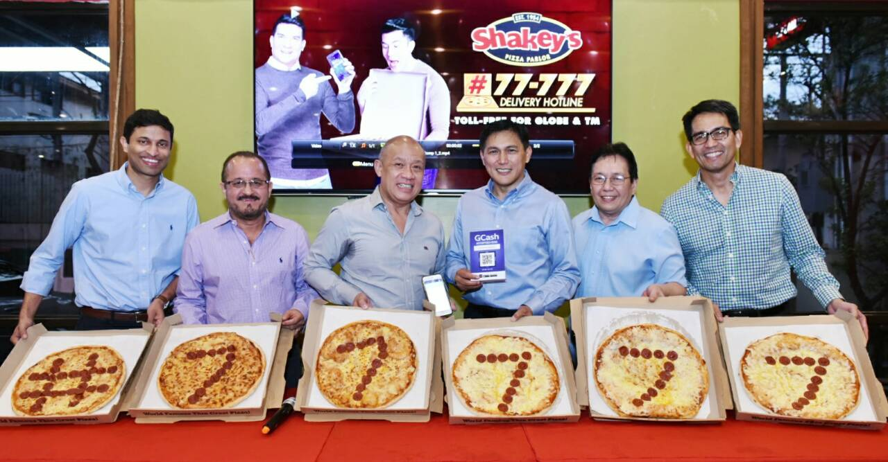 Shakey's Pizza Now Offers GCash Scan-To-Pay and #77777 Toll-Free Delivery Hotlines