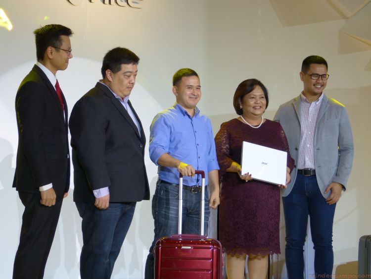 Acer Philippines to Give Free Samsonite #CarryOn Luggages Worth 15K