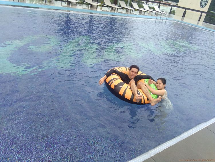An End-Of-Summer Staycation at Le Charme Suites Subic