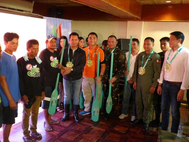 Pastry Chef Turned Farmer Dex Villamin Through DV Boer Farm Donates 20 Boats to Batangas Fisherfolks