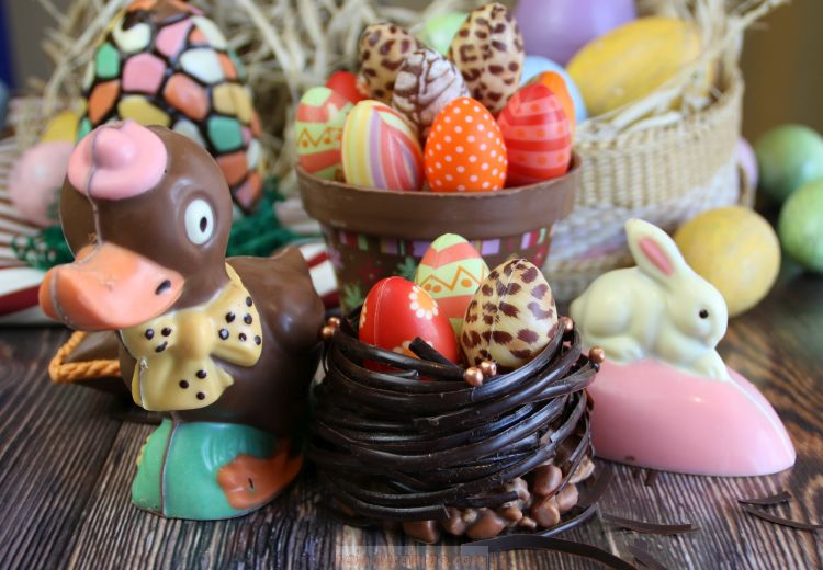 The Manila Hotel Visita Iglesia Package and Magical Easter Eggs-travaganza Offers