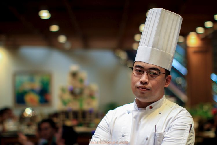 Century Park Hotel's Chef Huey Marcial To Host a Live Cooking Demo at MAFBEX 2019