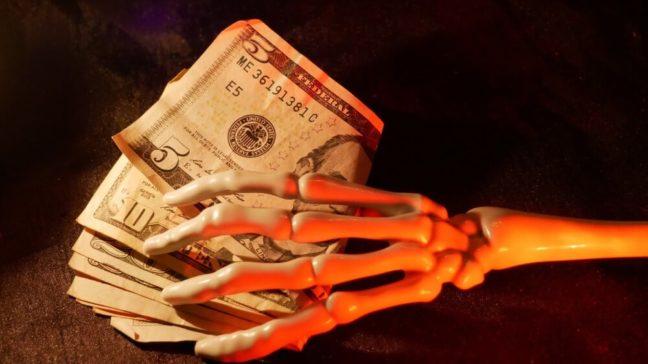 World Savings Day VS Halloween