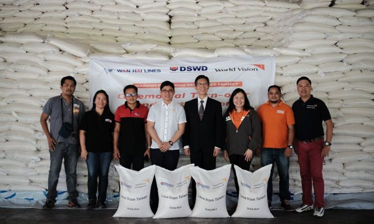 66,000 Sacks of Rice Distributed by World Vision to Marawi Crisis-Affected Families