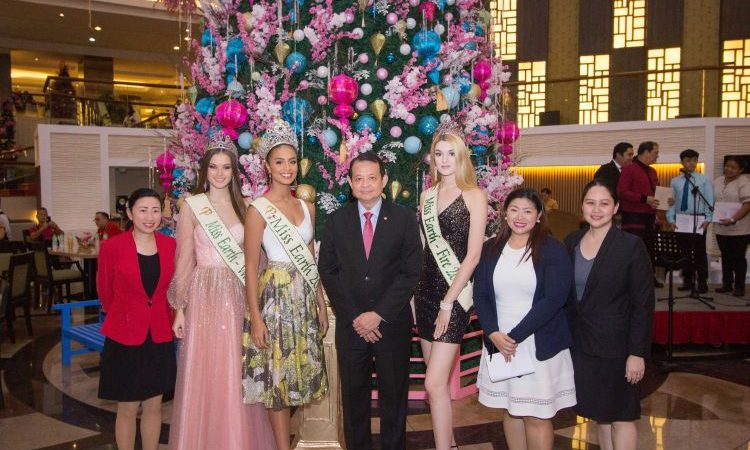 Century Park Hotel Lights Up Its 30-Ft Christmas Tree with Miss Earth 2019 Winners