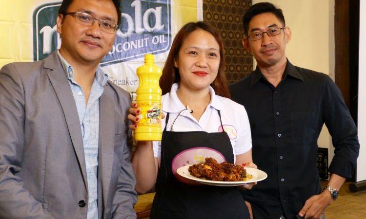 Minola Premium Coconut Cooking Oil as a Keto Buddy