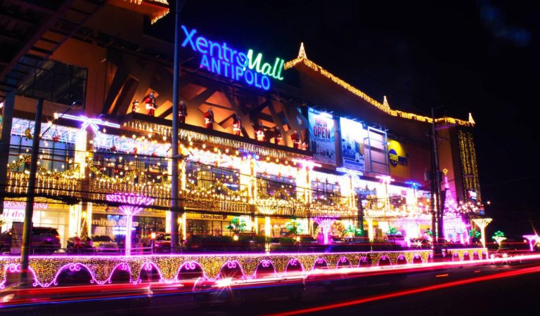 XentroMall Brightens Antipolo Again with its Extravagant Christmas Lights Display