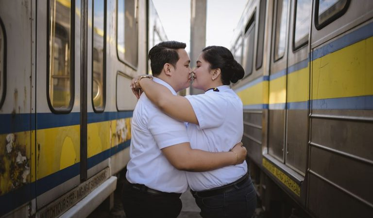 LOOK: Drivers-Turned-Lovers Prenup Photos Onboard the LRT-1 Love Train