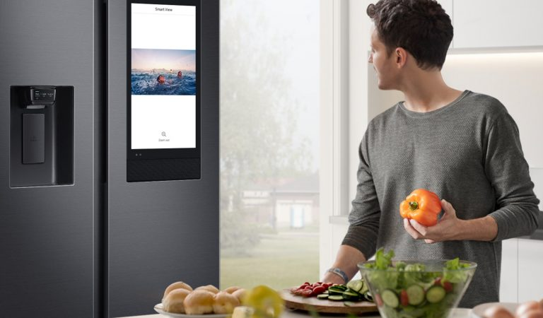 Samsung Introduces First Smart Refrigerator – The Family Hub