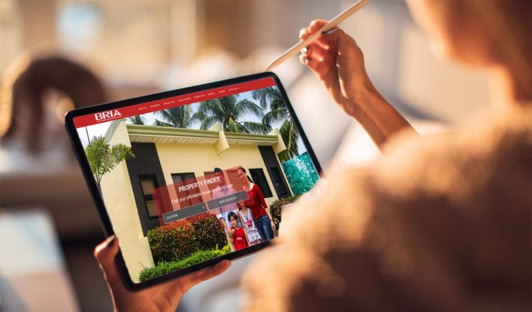 How BRIA Homes Use Digital Technology to Safely Connect with Residents and Prospective Homeowners