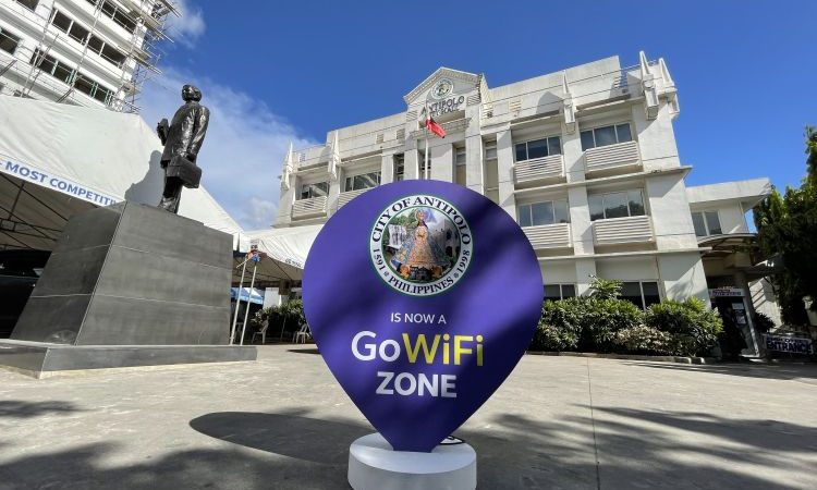 Antipolo Now Has Free Globe GoWiFi and AMBER