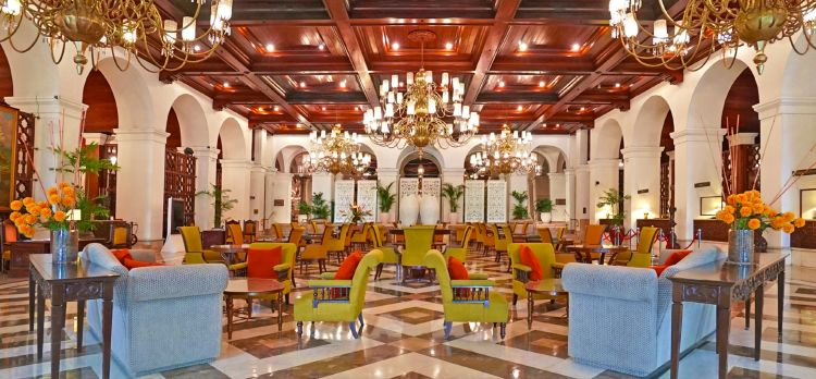 The Manila Hotel Lobby Lounge is Now Open