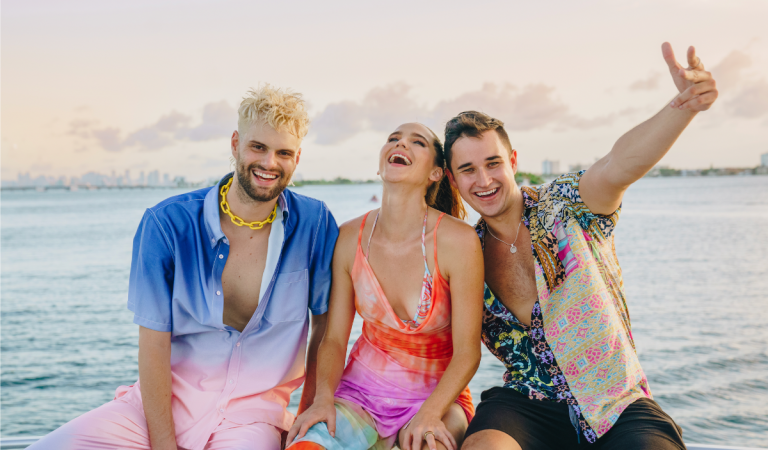 Sofi Tukker Collabs with John Summit for New Single SUN CAME UP